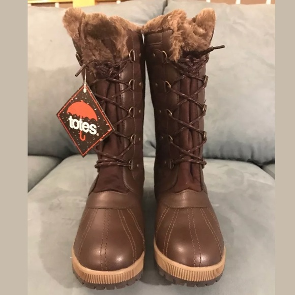5ec4dba3e824 Women size 10M brown totes Gemma winter boots  100